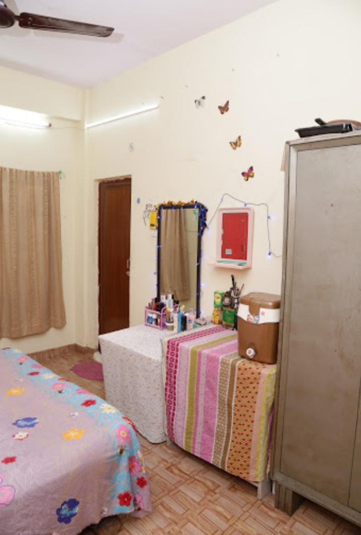 Maa Vaishnavi Girls hostel