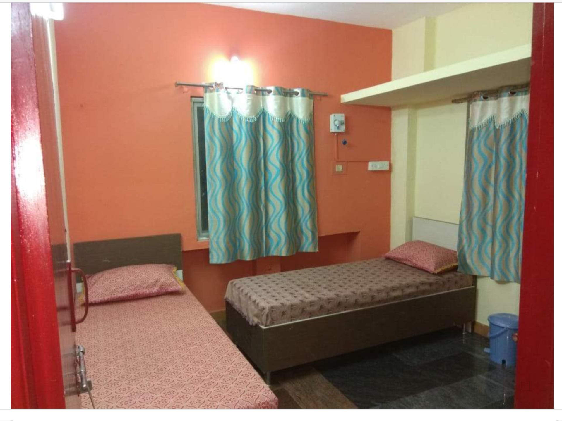 Shree Diamond Hostel